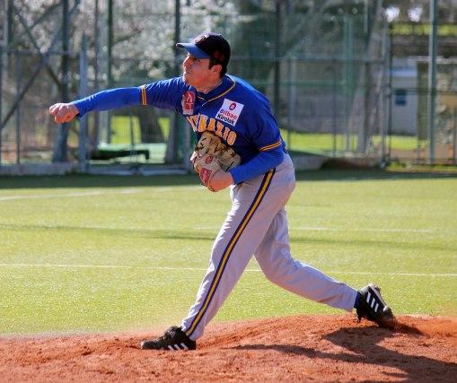 Miguel Rizo (San Inazio-Beisbol Navarra 13.04.13)