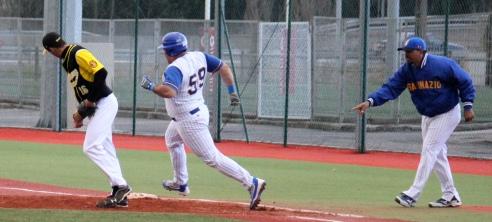 Jose Morales Viladecans-San Inazio DH 01.05.16.jpg